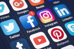 location saisonnière déconfinement réseaux sociaux